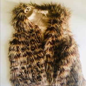 Other - Tiff Faux Fur Girls Vest. Looks Expensive! XL